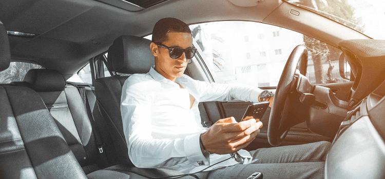 איך להימנע מקבלת דוחות משטרה טלפון בנהיגה הוא אחד הגורמים שלא מתפשרים עליהם באכיפת החוק בישראל